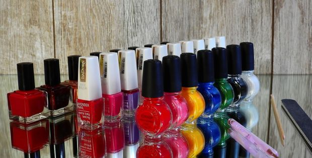 nail-varnish-2112351_960_720