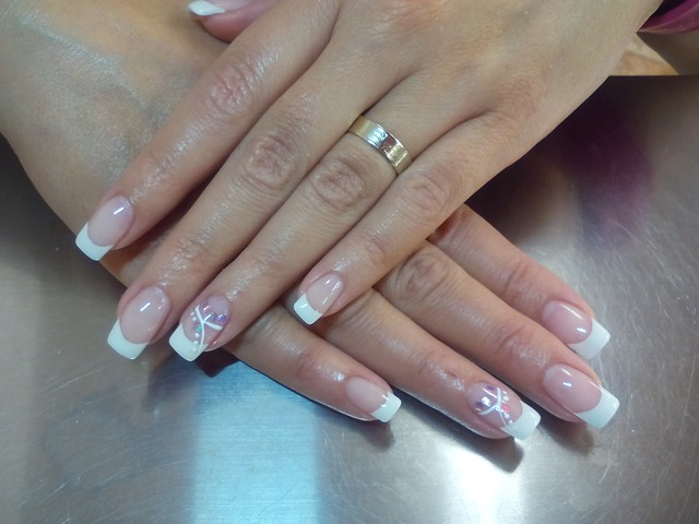 nail-657597_640