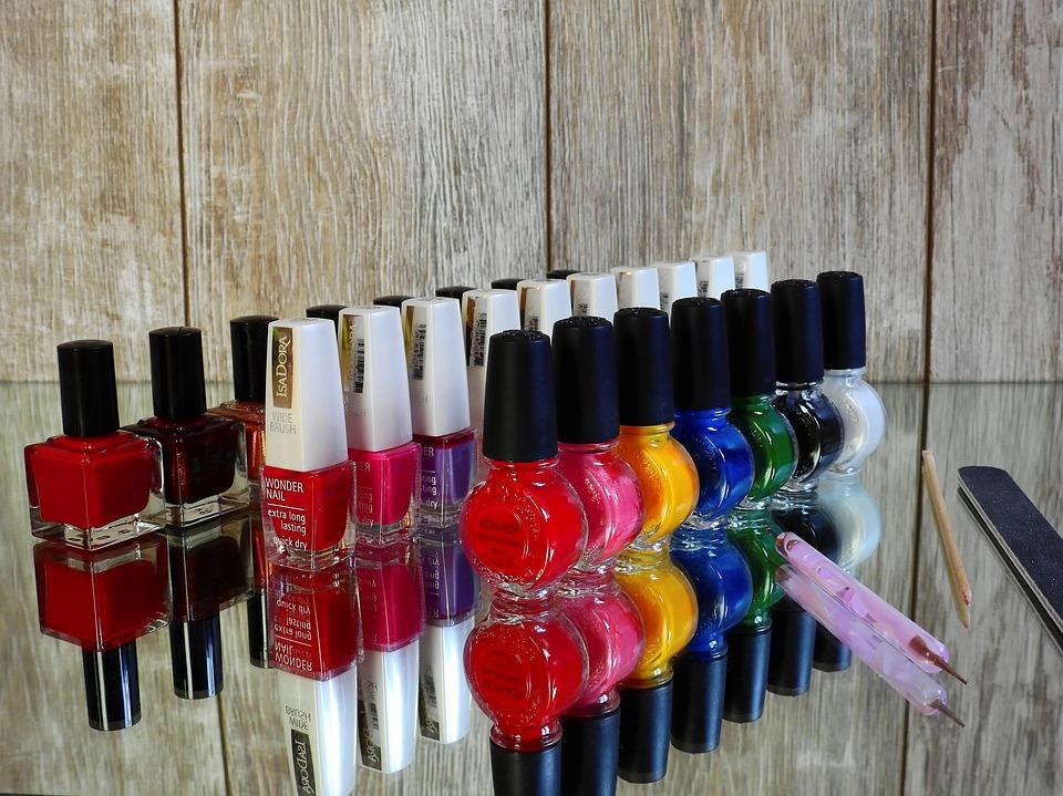 nail-varnish-2112351_960_720
